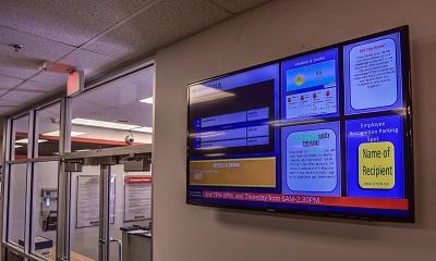 Xhibit 4K Digital signage system with free web-based signage software